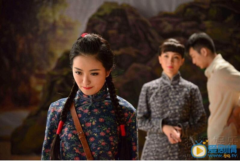 电视剧剧场杜晓红进到话剧团的真正目的 电视剧杜晓红为什么进入话剧团?