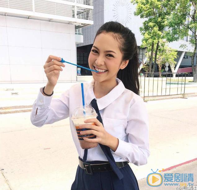 泰国女版陈伟霆走红,网友:确定不是陈伟霆戴了假发?