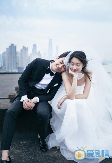 朱亚文和沈佳妮婚纱照 朱亚文和老婆沈佳妮 沈佳妮个人资料图片